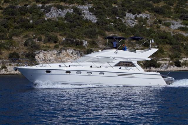 Motor yacht princess 470 yacht charter croatia for Motor yacht charter croatia