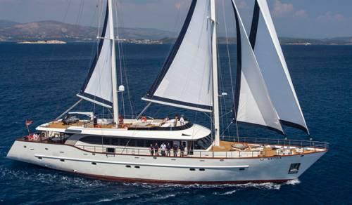 Croatia Charter Luxury Yacht Navilux