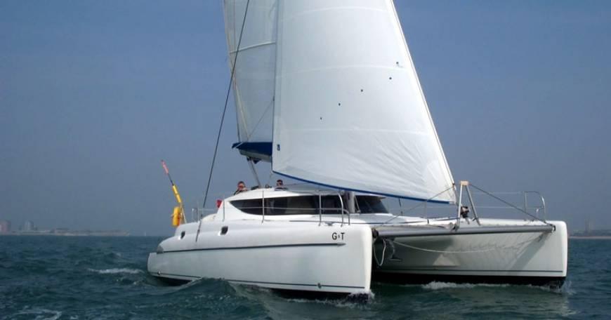 Catamarano Fountaine Pajot Athena 38