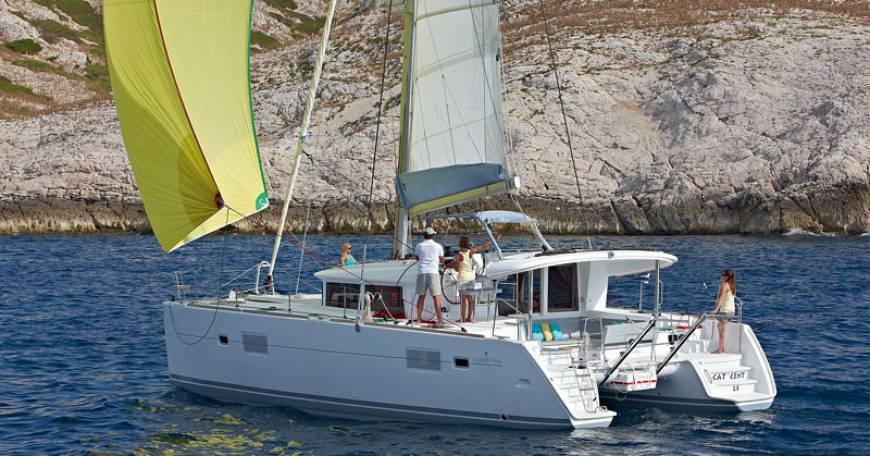 Catamarano Charter Croazia Lagoon 400