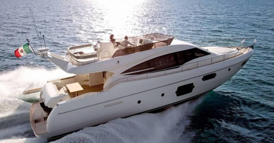 Yacht Charter In Croazia Ferretti 620
