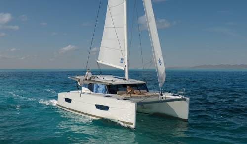 Catamarano Fountaine Pajot Lucia 40