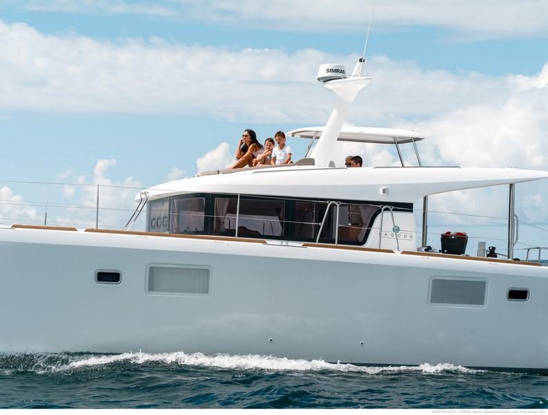 Catamaran lagoon 40 motor yacht charter in croatia for Motor yacht charter croatia